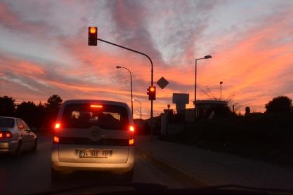 Kırmızı Işıkta Işıkta Kaybolmak